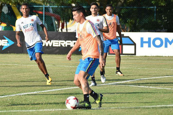 james-seleccion-colombia-entrenamiento