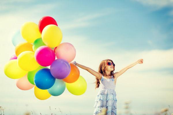 niña-globos
