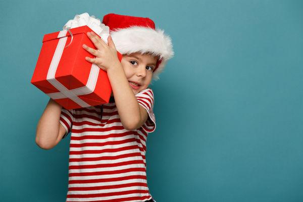niño-regalo