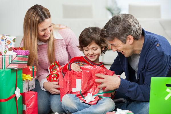 papas-hijo-regalos